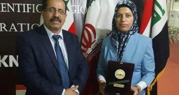 باحثة في جامعة كربلاء كلية الزراعة تحصل على الجائزة الذهبية في مؤتمر دولي